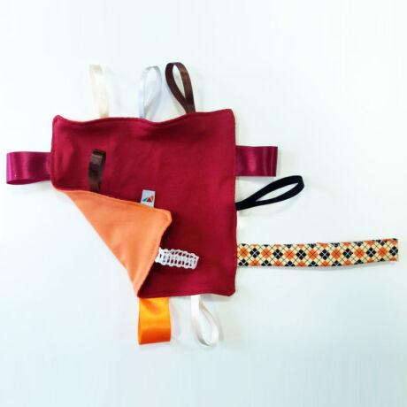 magyarinda textiljáték, címkerongyi, játszórongy - finommotorikát fejlesztő textiljáték 100% pamutból